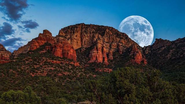 Siêu trăng giun - siêu trăng cực hiếm với cái tên kinh dị nhất sẽ diễn ra ngay tối nay - Ảnh 1.