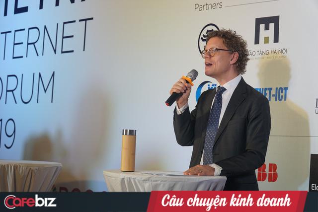 Đại sứ Thụy Điển Pereric Högberg: Ngày thiết lập quan hệ ngoại giao Thụy Điển - Việt Nam, tôi mới 2 tuổi - Ảnh 1.