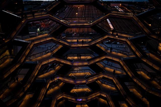 Ghé thăm toà nhà mới nổi được ví như siêu kiến trúc của New York, phức tạp và đau đầu hơn tất cả người yêu cũ của bạn cộng lại - Ảnh 9.