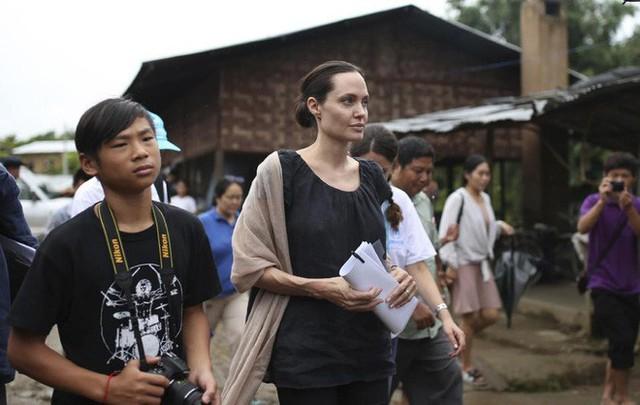 Nhờ hành động đặc biệt này, Pax Thiên là đứa con được Angelina Jolie yêu thương nhất - Ảnh 6.