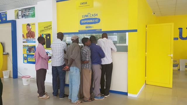 Viettel chiếm 54% thị phần viễn thông tại Burundi, lợi nhuận tăng trưởng 225% - Ảnh 1.