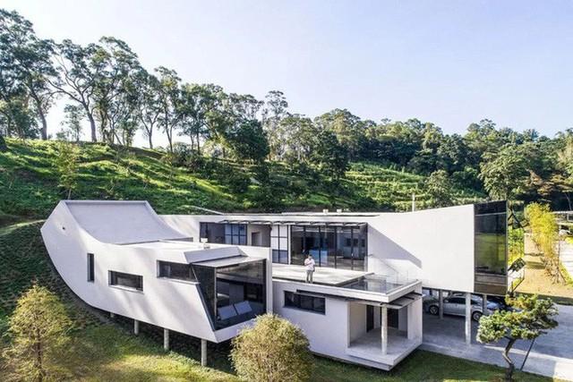 Ngôi nhà độc đáo không có mái giành huy chương vàng trong cuộc thi thiết kế nội thất - Ảnh 6.