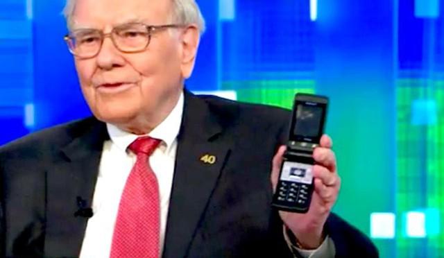 Bill Gates đeo đồng hồ 10 USD, Warren Buffet thường ăn sáng ở McDonald's và không bao giờ mắc 6 sai lầm về tiền bạc của phần lớn 'người thường' như chúng ta  - Ảnh 3.