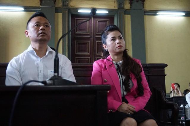 Giữa phiên tòa ly hôn, Đặng Lê Nguyên Vũ chỉ trích vợ: Nói lời nào cũng chạm nỗi đau - Ảnh 1.