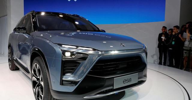 CEO công ty xe hơi điện lớn nhất Trung Quốc: Tesla là người mẫu cao cấp, còn chúng tôi là cô hàng xóm - Ảnh 1.