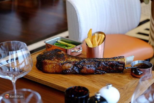 Thịt bò để lâu đến mức lên mốc hoá ra lại là niềm tự hào của nhiều nhà hàng steak nổi tiếng - Ảnh 3.