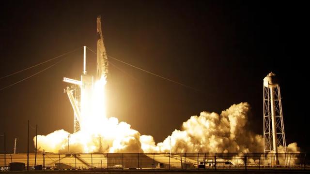 SpaceX và NASA tạo nên lịch sử ngành Vũ trụ: tàu thử nghiệm Crew Dragon đã tới được trạm ISS - Ảnh 1.