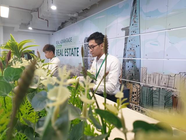 Bên trong văn phòng mở 360 độ tại Tp.HCM - Ảnh 6.