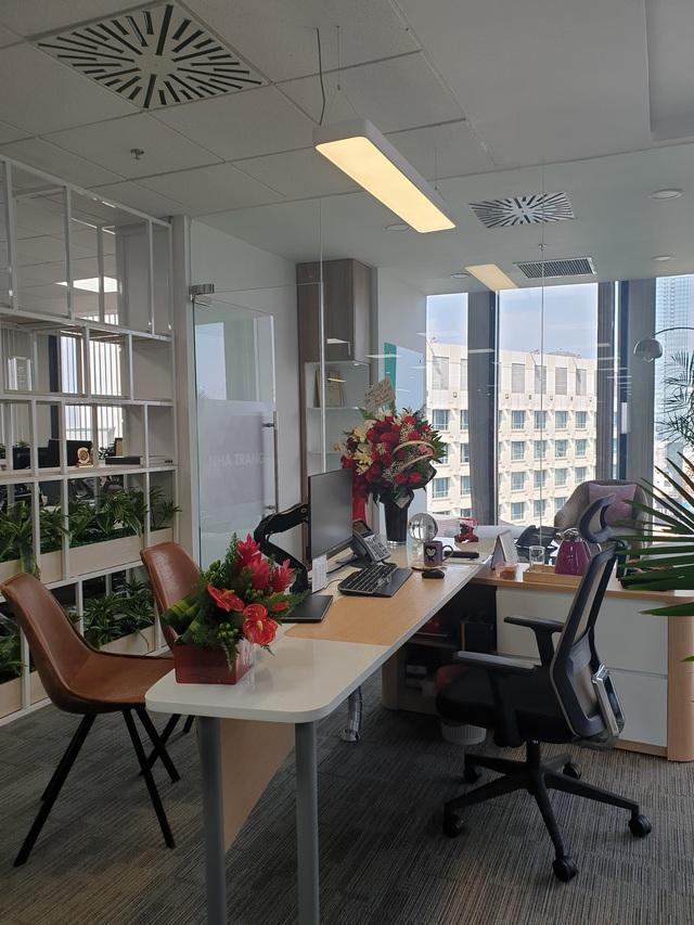 Bên trong văn phòng mở 360 độ tại Tp.HCM - Ảnh 10.