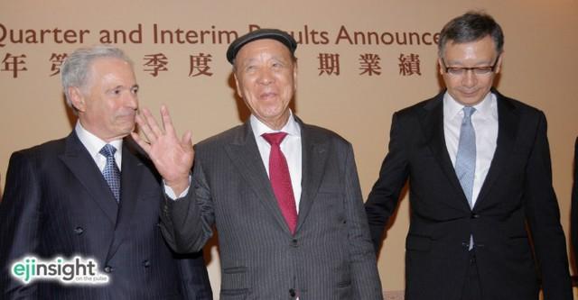 Con đường từ một cậu bé bán lạc rong trở thành tỷ phú giàu thứ 2 châu Á của Lui Che Woo - Ảnh 2.