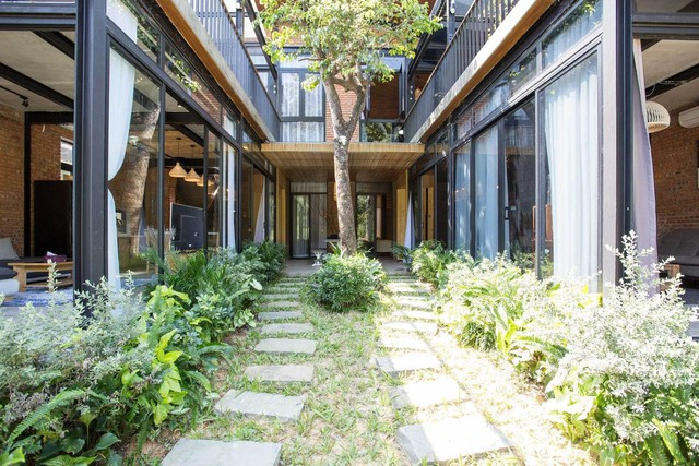 Kiến trúc sư kể chuyện xây 2 căn biệt thự liền kề ở Đà Nẵng cho đôi bạn thân từ trẻ sống cạnh nhau đến cuối đời - Ảnh 4.
