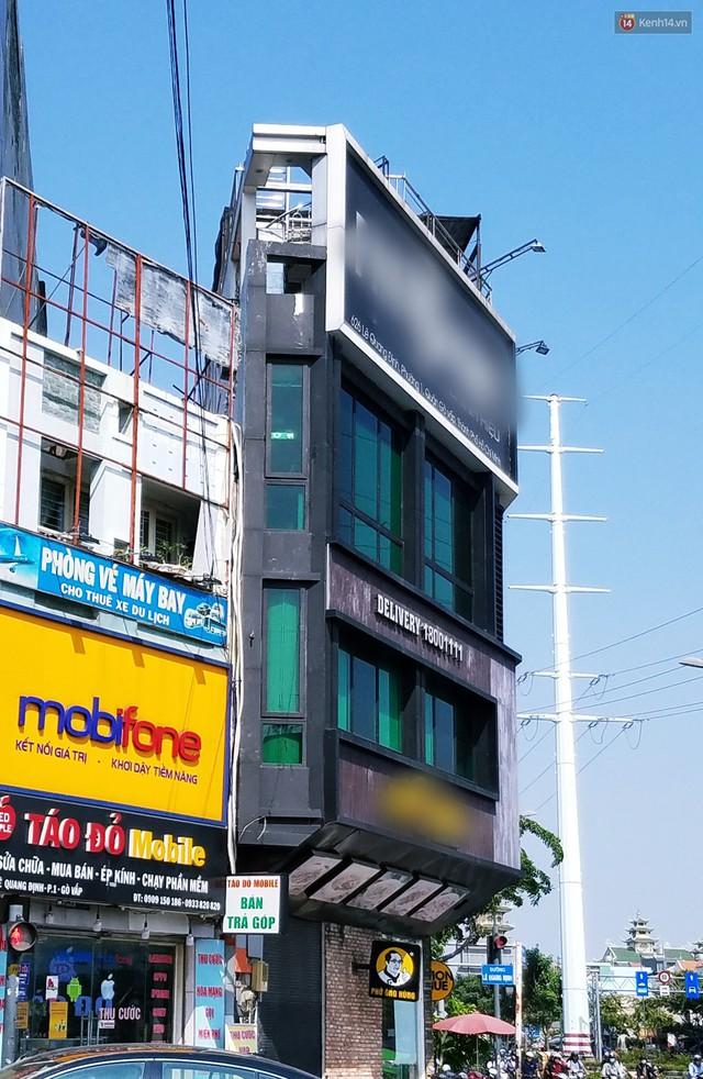 Cuộc sống bên trong những căn nhà siêu mỏng ở Sài Gòn, chiều ngang còn ngắn hơn sải tay người lớn - Ảnh 11.
