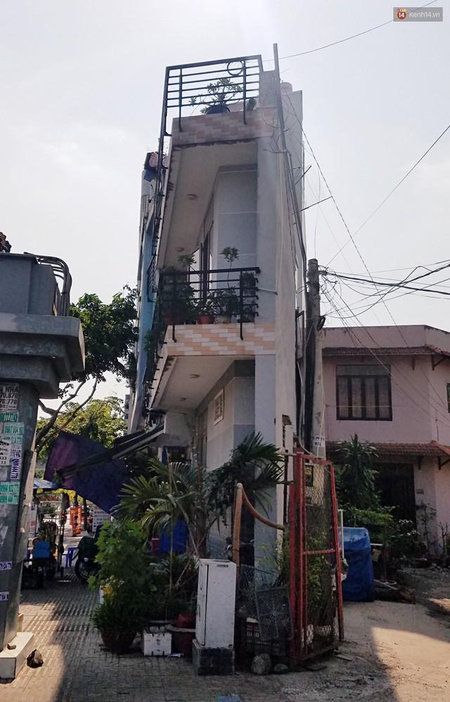 Cuộc sống bên trong những căn nhà siêu mỏng ở Sài Gòn, chiều ngang còn ngắn hơn sải tay người lớn - Ảnh 14.
