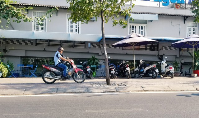 Cuộc sống bên trong những căn nhà siêu mỏng ở Sài Gòn, chiều ngang còn ngắn hơn sải tay người lớn - Ảnh 18.