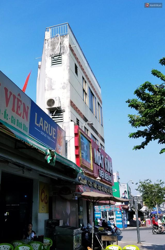 Cuộc sống bên trong những căn nhà siêu mỏng ở Sài Gòn, chiều ngang còn ngắn hơn sải tay người lớn - Ảnh 6.