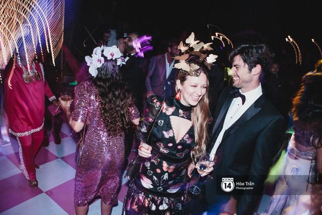 Cặp đôi tỷ phú Ấn Độ lộng lẫy cùng các khách mời đại gia vào đêm tiệc Pink Party đầu tiên ở Phú Quốc - Ảnh 22.