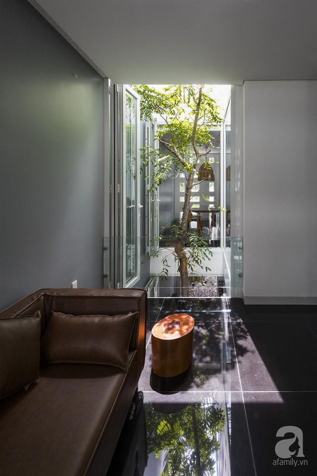 Nhờ thiết kế 300 ô cửa sổ, ngôi nhà hướng Tây ở Nha Trang luôn ngập tràn ánh sáng và gió mát - Ảnh 11.