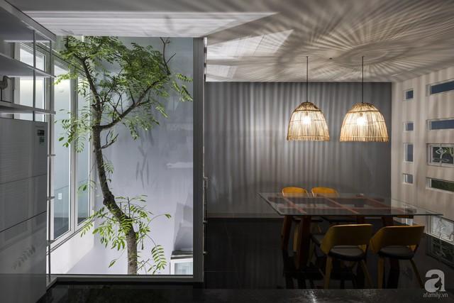 Nhờ thiết kế 300 ô cửa sổ, ngôi nhà hướng Tây ở Nha Trang luôn ngập tràn ánh sáng và gió mát - Ảnh 14.