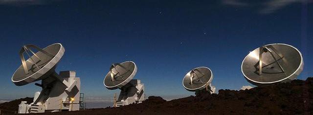 Tối nay, nhân loại sẽ nhìn thấy tấm ảnh chụp hố đen đầu tiên trong lịch sử - Ảnh 1.