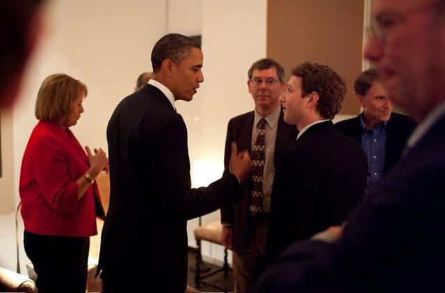 Mark Zuckerberg: Ông hoàng Do Thái mù màu sáng lập nên mạng xã hội Facebook - Ảnh 5.