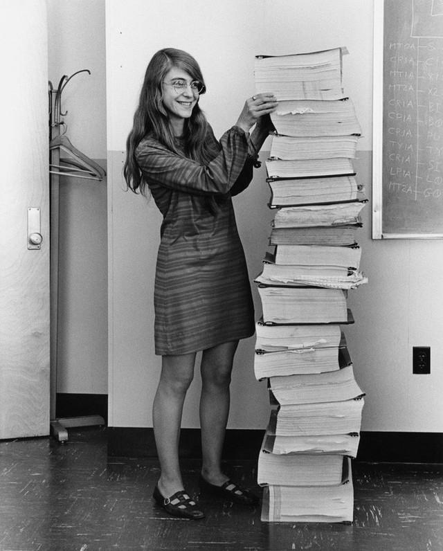 Đây Katie Bouman, cô gái đã dùng thuật toán chụp lại cho ta ảnh hố đen đầu tiên trong lịch sử - Ảnh 2.