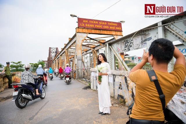 Hãi hùng kim tiêm đã qua sử dụng vây cầu Long Biên, Hà Nội - Ảnh 10.
