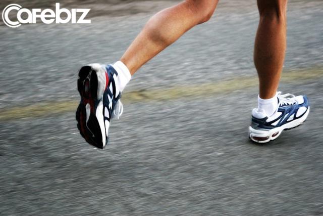 31 tuổi không muộn để tập chạy bộ nhưng quá muộn để bắt đầu quan tâm đến sức khỏe bản thân: Làm việc quá sức, cần phải nghỉ ngơi gấp, tôi mới biết kiếm tiền không phải số 1! - Ảnh 2.