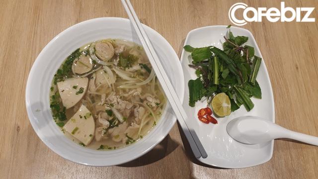 Đưa phở vào menu đồ ăn nhanh, C.P. Việt Nam đang toan tính điều gì? - Ảnh 2.