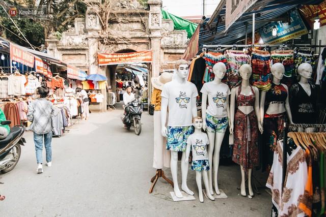 Ở Hà Nội, có góc phố hàng nghìn chân dài đứng ngay ngắn, nghiêm túc nhưng đôi khi khiến người ta hết hồn - Ảnh 18.