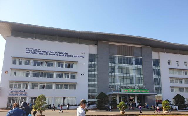 Hơn 60 bác sĩ ở Đắk Lắk đồng loạt xin nghỉ việc - Ảnh 1.