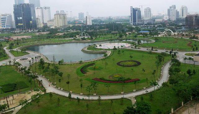 Yêu cầu Hà Nội báo cáo vụ xây bãi đỗ xe ngầm trong công viên Cầu Giấy - Ảnh 1.