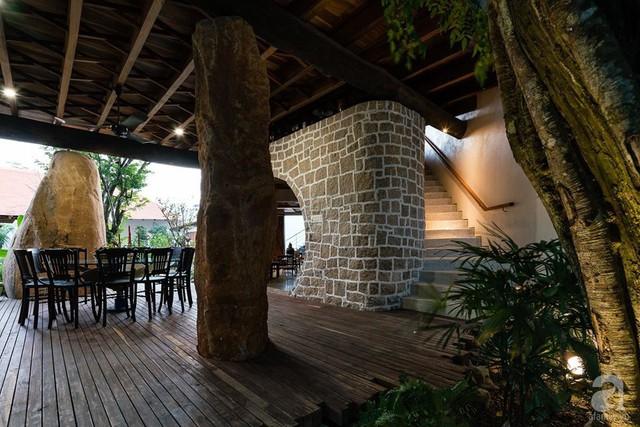 Ngôi nhà gỗ mang hơi thở đồng bằng Bắc Bộ tách biệt tiếng ồn, khói bụi dù xây giữa lòng thành phố Nha Trang - Ảnh 24.