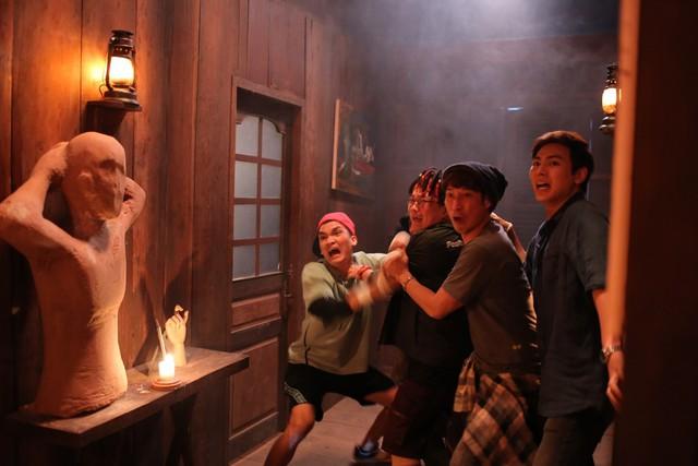 Thu 60 tỷ sau 4 ngày công chiếu chính thức, Lật Mặt: Nhà Có Khách lọt top 3 phim Việt có doanh thu cuối tuần mở màn cao nhất mọi thời đại - Ảnh 3.
