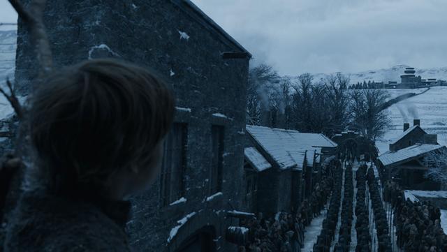 Bạn đã bỏ qua những điểm giống nhau đến kỳ lạ này giữa tập 1 mùa 8 Game of Thrones với những tập phim trước - Ảnh 4.