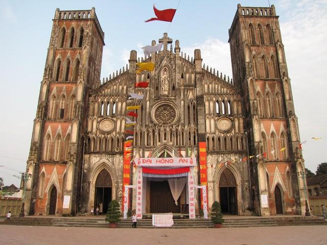 Bạn biết gì về 4 Vương cung thánh đường tại Việt Nam - Ảnh 2.