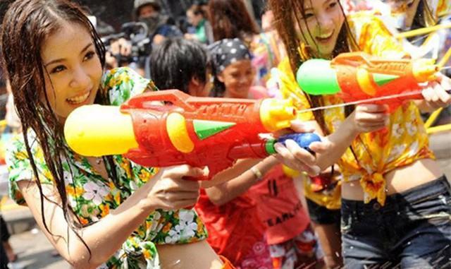 237 người chết và hàng nghìn người bị thương chỉ trong 4 ngày diễn ra Lễ Songkran 2019 - Ảnh 1.
