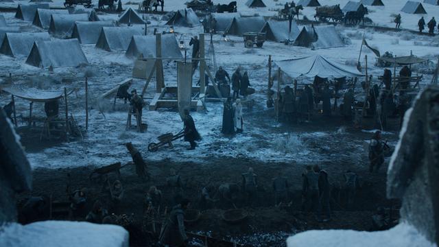 Bạn đã bỏ qua những điểm giống nhau đến kỳ lạ này giữa tập 1 mùa 8 Game of Thrones với những tập phim trước - Ảnh 18.