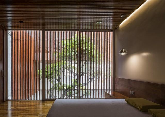 Độc đáo căn nhà ở Huế có thể nhìn xuyên thấu tất cả các phòng - Ảnh 8.