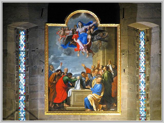 Những bảo vật vô giá của Nhà thờ Đức Bà may mắn sống sót qua vụ cháy chấn động thế giới - Ảnh 8.