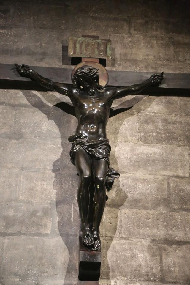 [Ảnh] Những báu vật bên trong Nhà thờ Đức Bà Paris - Ảnh 9.