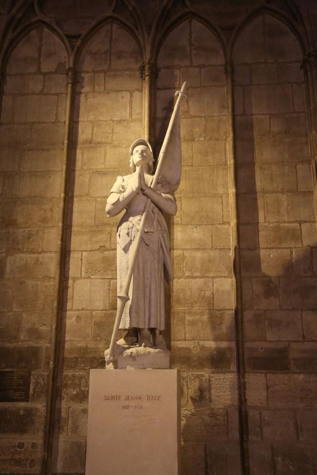 [Ảnh] Những báu vật bên trong Nhà thờ Đức Bà Paris - Ảnh 10.