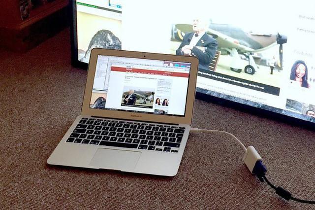 Nghe hướng dẫn trên mạng, thanh niên tự sửa MacBook giá nghìn đô bằng cách cho máy vào lò nướng, đây là kết quả cuối cùng - Ảnh 1.