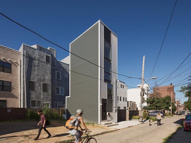 Ngôi nhà 32m² thiết kế như tòa cao ốc mini khiến ai nấy đều trầm trồ - Ảnh 4.