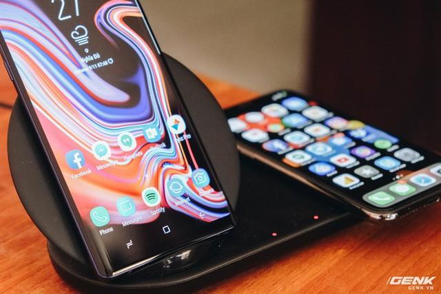 Là một iFan nhưng tại sao tôi lại dùng sạc không dây của Samsung? - Ảnh 2.