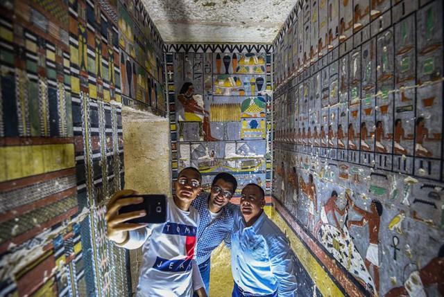 Khai quật 2 lăng mộ Ai Cập kỳ lạ nhất lịch sử: sau 4000 năm mà nước sơn vẫn còn như mới - Ảnh 7.