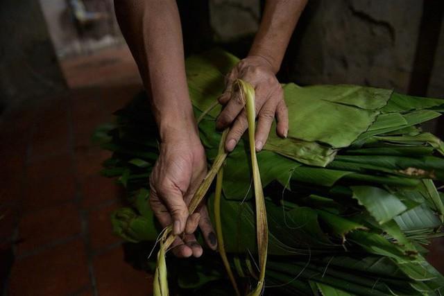 Nghề độc ở Hà Nội: Bán lá chuối rừng, kiếm hàng chục triệu đồng mỗi tháng - Ảnh 8.