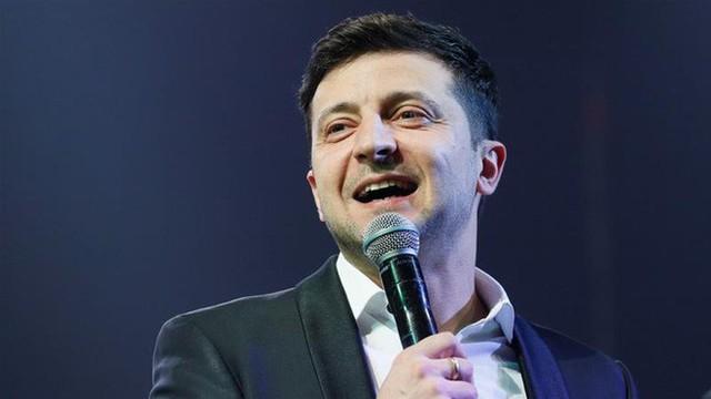 Danh hài vừa thắng áp đảo trong cuộc bầu cử Tổng thống Ukraine quyền lực và nổi tiếng cỡ nào? - Ảnh 2.