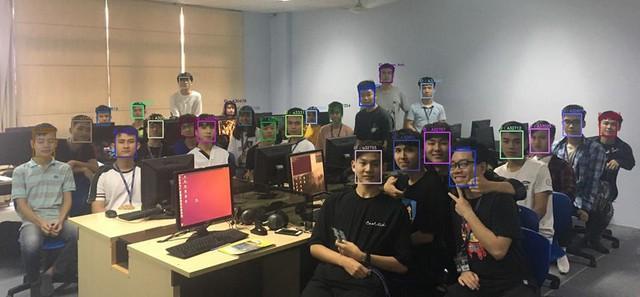 Đại học đầu tiên ở Việt Nam điểm danh bằng nhận diện khuôn mặt, cúp học chỉ còn là giấc mơ! - Ảnh 1.