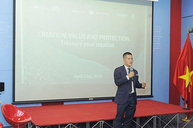 Cơ hội Việt Nam thăng hạng trên bản đồ thế giới nhìn từ vụ kiện Tuần Châu và đạo diễn Việt Tú - Ảnh 2.