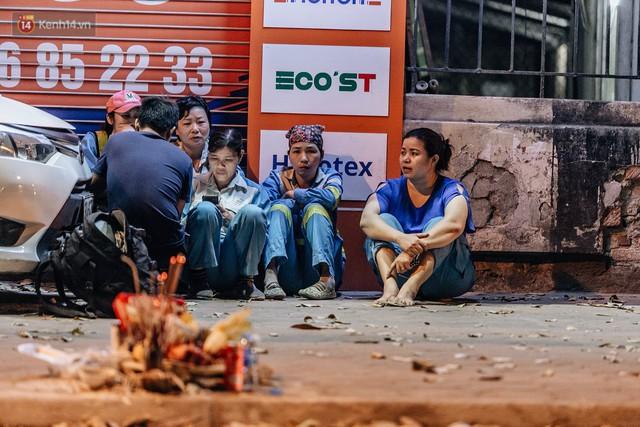 Sự ra đi của nữ công nhân môi trường và nỗi ám ảnh người ở lại: Những phận đời phu rác bám đường phố Hà Nội mưu sinh - Ảnh 3.